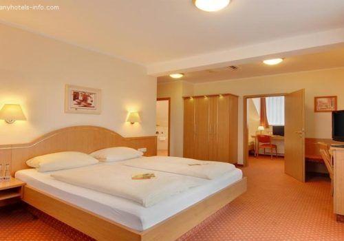 hotel-kriemhild-am-hirschgarten_13_4